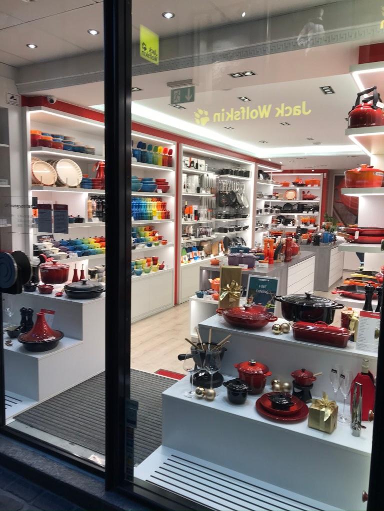 Kitchenware shop, Jack Wolfskin, Luzern
